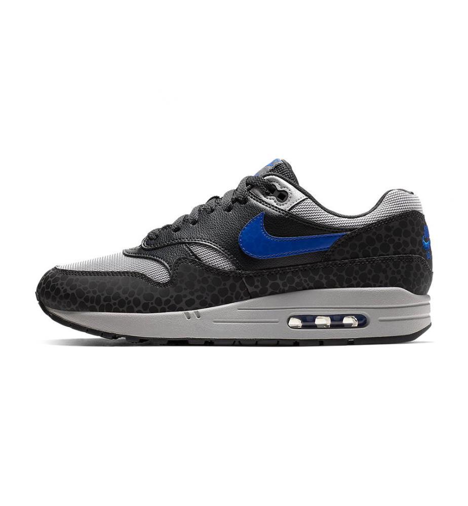 vente chaude en ligne 268ad d3d23 Nike Shoes & Apparel